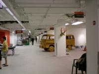 Van_hallway